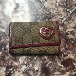 Authentic Gucci signature key wallet fob holder